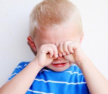 što učiniti ako beba plače