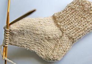 mi plesti čarape s igle za pletenje za početnike