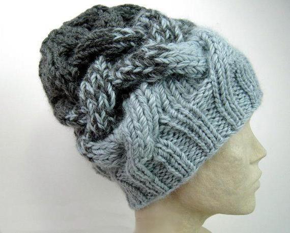 šešir s čvrstim pletenicama