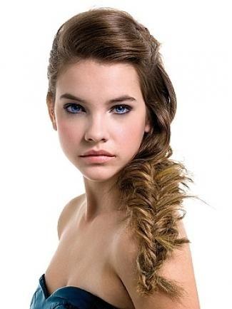 frizura kosa na jednoj strani