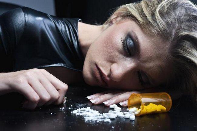 znakovi trovanja s lijekovima