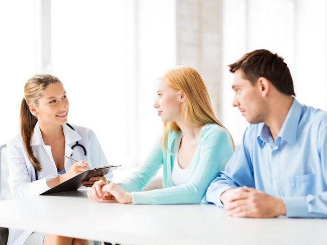 Budući roditelji na liječnički sastanak