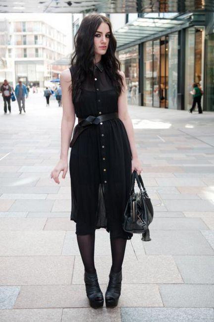 черные платья с кожаными вставками