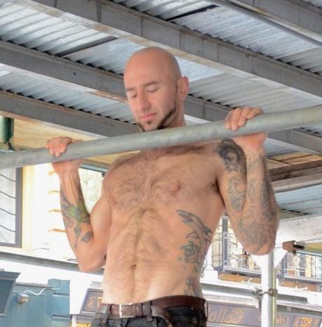 rešetke koje mišići ljuljaju