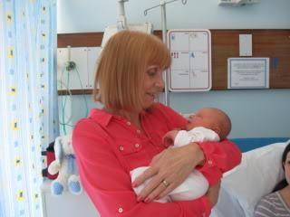 Čestitamo baku s rođenjem unuka