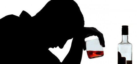 Je li moguće piti alkohol s alkoholom