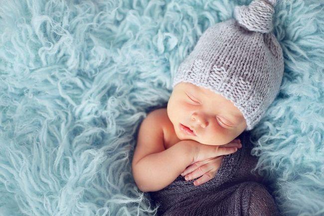 čestitke s novorođenim dječakom