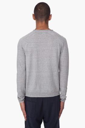 muški pulover s opisom
