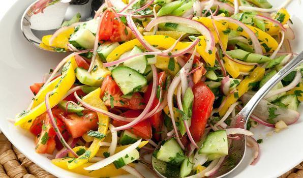 salate od povrća s maslacem