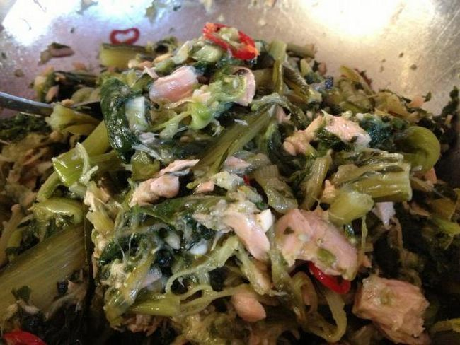 Salad Champs Elysees recept s kobasicama