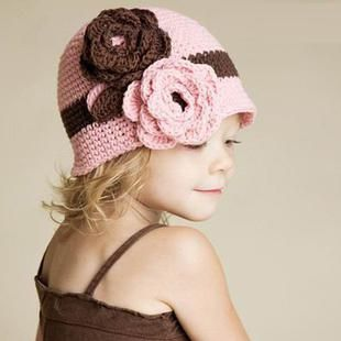 pleteni kape za djecu s iglama za pletenje