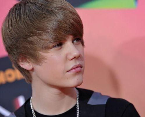 kako napraviti frizuru poput Justina Biebera