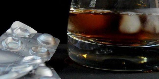 flukonazol i kompatibilnost s alkoholom