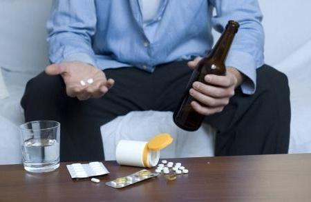 kompatibilnost flukonazola i alkoholnih učinaka