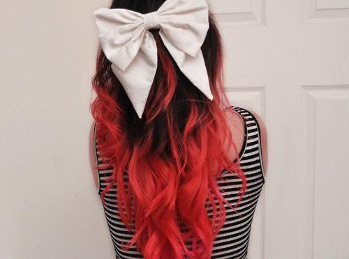 темно красные волосы