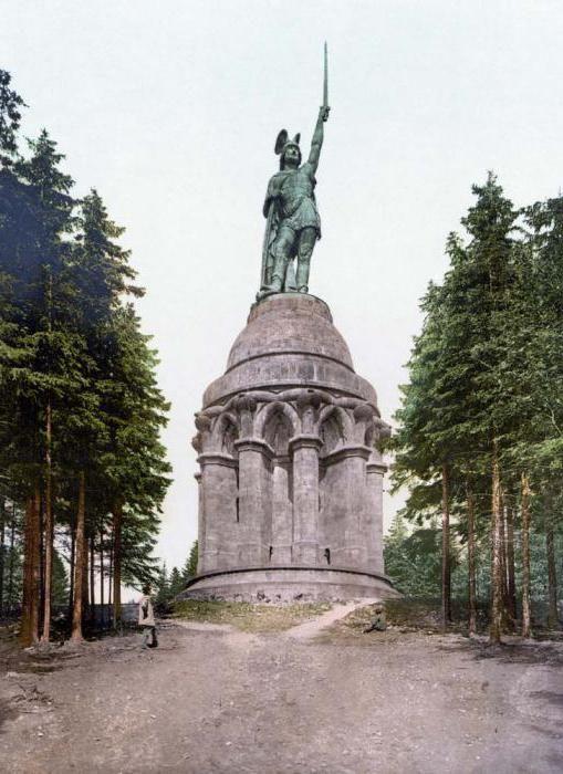 poraz rimskih legija u šumi Teutoburga