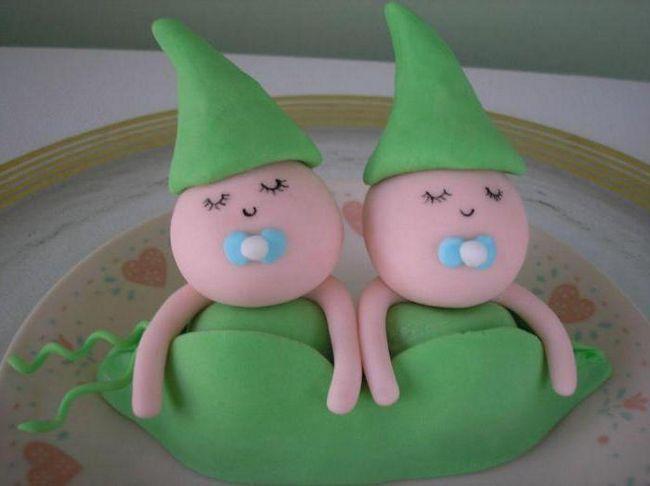 kolač za dječake blizanke
