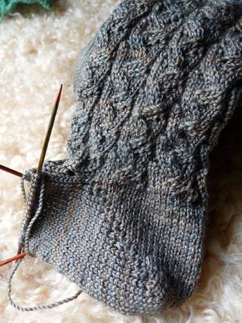 pletenje čarapa s pete za pletenje