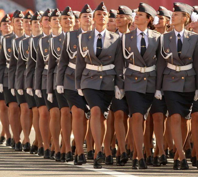 policajci djevojaka