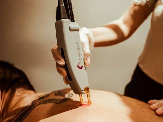 Laserski za leđa