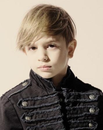 Moderna frizura za malog gospodina