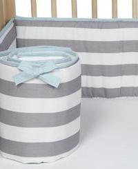 Bumper u krevetiću za novorođenčad vlastite ruke